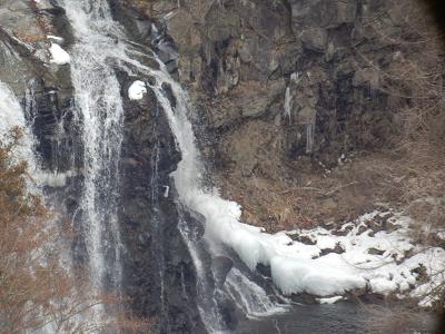 190203千ヶ滝下部氷る.png