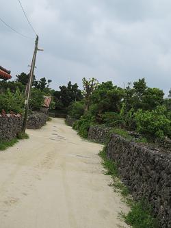 竹富島 白砂の道.png